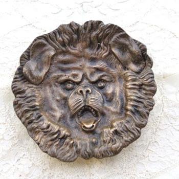 Bronze dog trinket dish