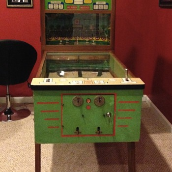 chicago coin united's american national pitch and bat Pinball machine