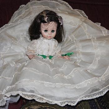 Scarlett - Dolls