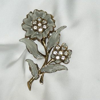 Large Pot Metal Vintage Brooch  - Costume Jewelry