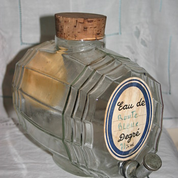 1920's French Spirit Barrel - But who? - Bottles