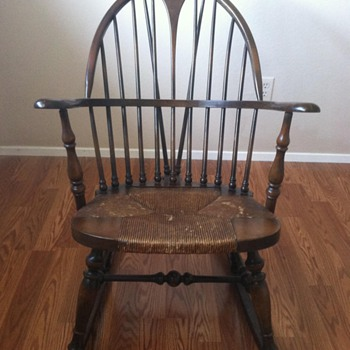 Karpen Rush bottom Rocking Chair