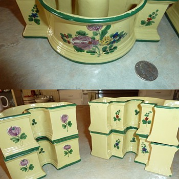 Set of 4 Italy ? clay planters 