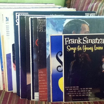 Frank Sinatra Record Lot - Records