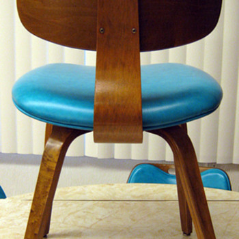 POSSIBLE VINTAGE THONET BENTWOOD CHAIRS/EAMES??? - Furniture