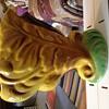 Mustard leaf vase