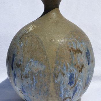 Hal Fromhold globular vase