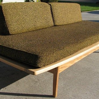 Danish modern style couch/daybed