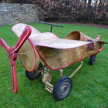 Pedal Aeroplane Maker Unknown - Model Cars