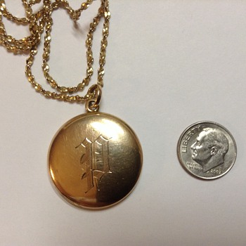 Gold picture locket