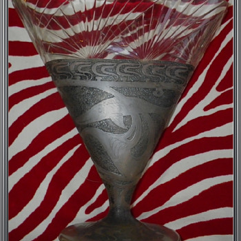 cameo vase loetz ? - Art Glass
