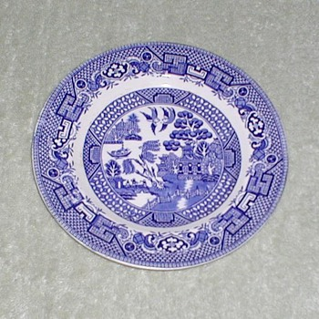 "Swinnertons ""Old Willow"" Plate"