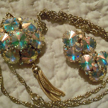 My favorite jewelry set - Costume Jewelry