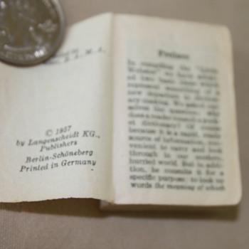 Mini Dictionary - Books