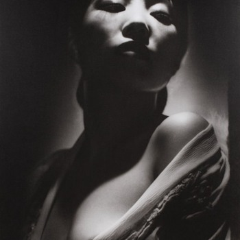 Anna May Wong by George Hurrell from Portfolio III   244/250
