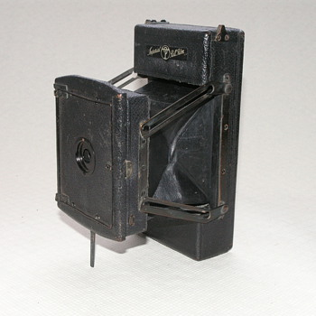 Thornton-Pickard Imperial Rollfilm Camera, 1924-5. - Cameras