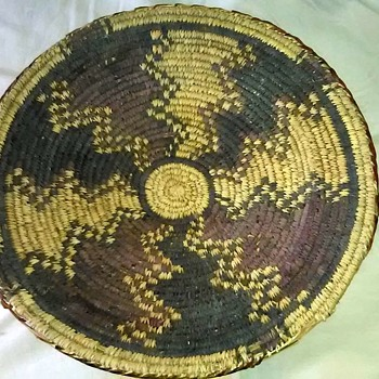 Old Woven Basket?? - Furniture