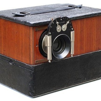 Montauk Flex-Front Multiplying Camera c.1912 - Cameras