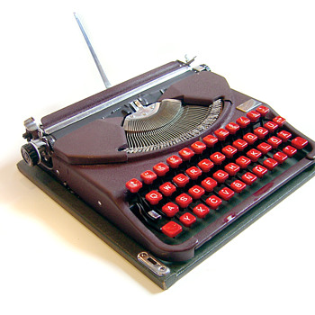 Groma Gromina - East German laptop typewriter - Office