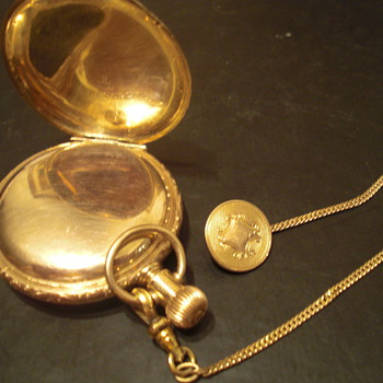 Vintage 1894 Elgin Hunters Pocket Watch - Pocket Watches