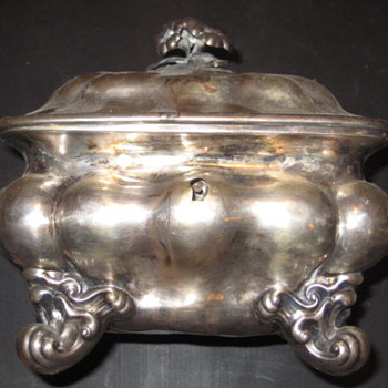Silver sugar box - Sterling Silver