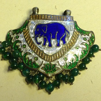 Indian Tribal Meenakari Enamel Elephant Pendant?
