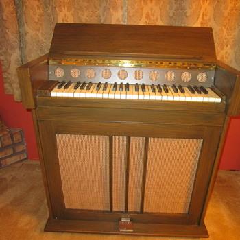 Rare Vintage 1947 Celesta Piano Simone?