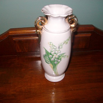 "Japanese Porcelain Vase ""Occupied Japan"""