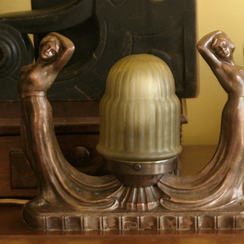 stunning Art Deco double nude figural lamp with original shade