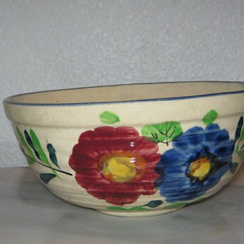 Serving Bowl - Made in Japan - Art Pottery