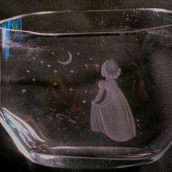 "Orrefors Pocket Vase ""Wish to the Moon"" by Edvin Öhrström / Circa 1940-1950 - Art Glass"