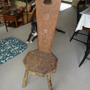 Handmade stool with back and carved sunflowers - Furniture