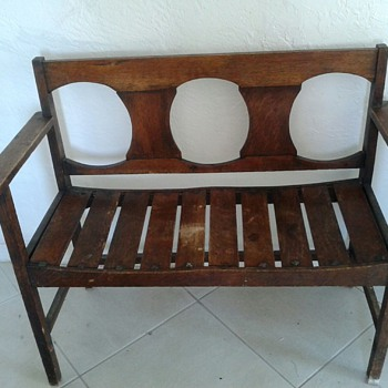 Parson bench New England possibly 1800?
