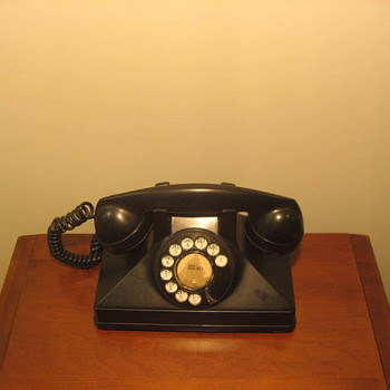 Northern Electric Uniphone 1 Model - Telephones