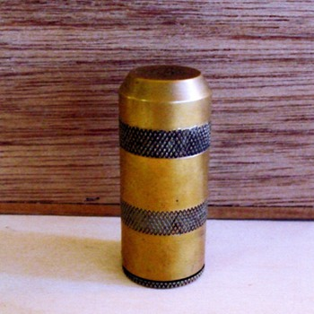OWIN  cigar/cigarette lighter? - Tobacciana