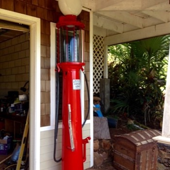 Hawaii pumps gas - Petroliana