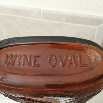 AMBER WINE OVAL