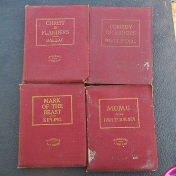 MINIATURE BOOKS - Books