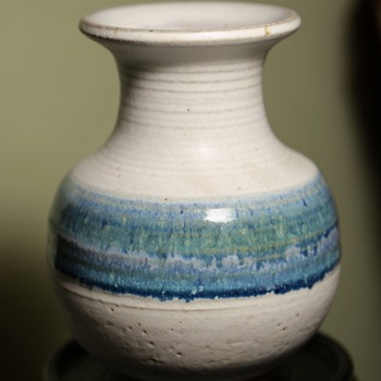The most perfect little vase from Goodwill - Art Pottery