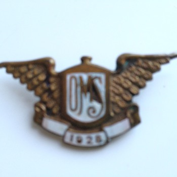 Unidentified badge - 1928 with wings and oms - Military and Wartime
