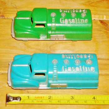2 Tootsie Toy Gasoline Trucks - Model Cars