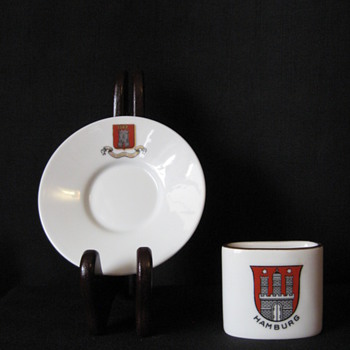 EURO TRINKETS- CRESTED ITEMS - China and Dinnerware