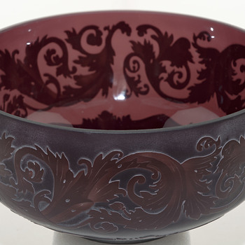 Cameo Art Amethyst Bowl - Art Glass