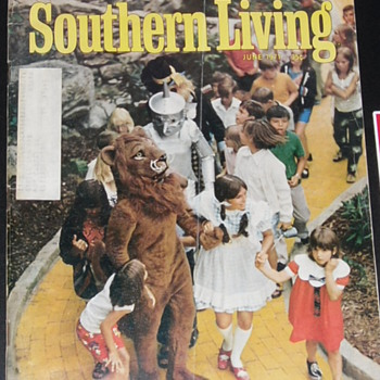 land of oz southern living magazine - Paper