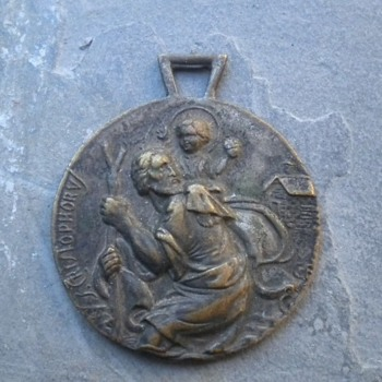 SOME SORT OF VINTAGE ST CHRISTOPHER MEDAL / FOB - Fine Jewelry