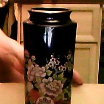BEAUTIFUL JAPANESSE VASE