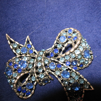Vintage Brooch,,,, - Costume Jewelry