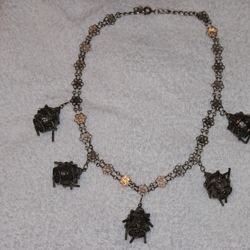 Old Costume Jewrely  Necklace