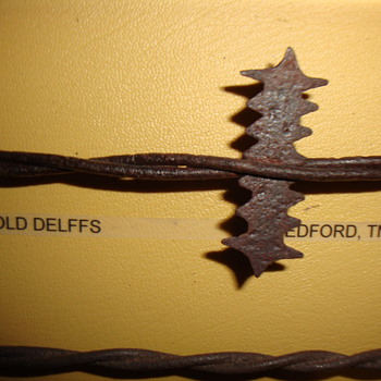 """""""ROOSTER COMB"""" BARBED WIRE - Tools and Hardware"""