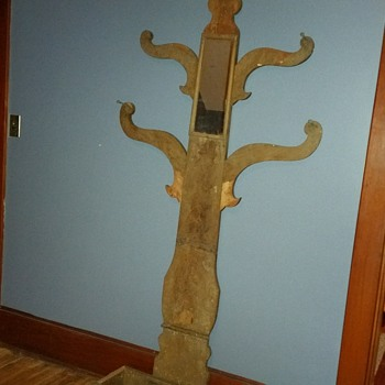 Hall tree - Furniture